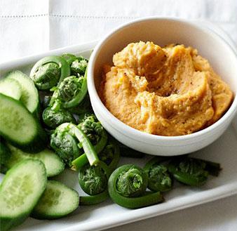 golden hummus